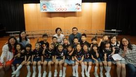 本校高班及低班幼兒參加舊曲新詞兒歌唱作比賽